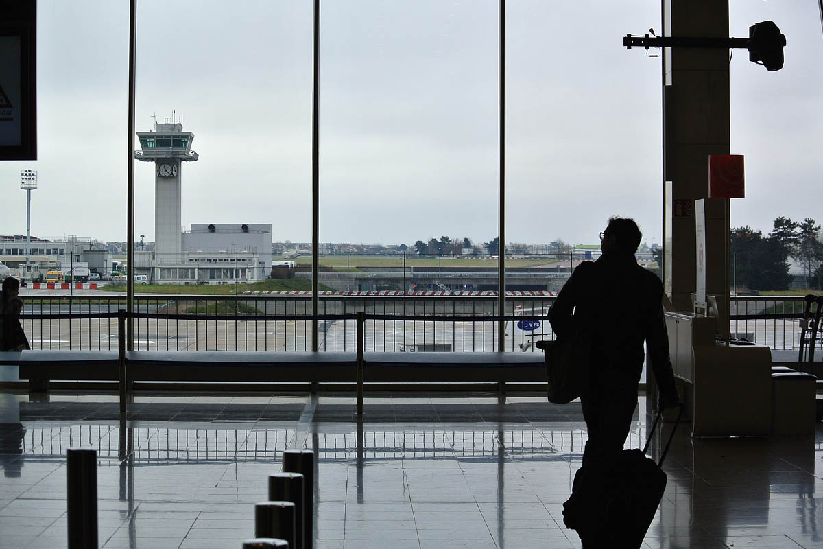 Tips for Staying Overnight at an Airport